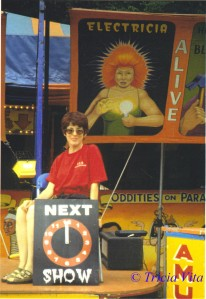 Tricia Vita at the Wayne County Fair, 2001.  Electricia Banner by Johnny Meah. Photo © Tricia Vita