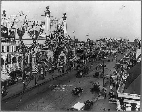 Luna Park & Surf Ave, Coney Island, 1912. Library of Congress Prints and Photographs Division