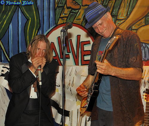 Hank 'Coyote' Wagner on harmonica & Robert 'Bluesman' Ross on Guitar. Photo © 2010 Norman Blake. All Rights Reserved