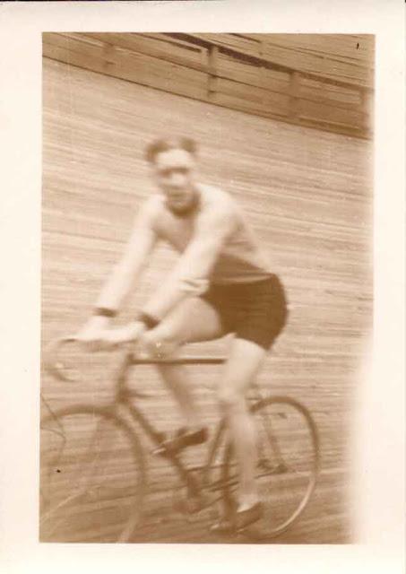 Velodrome rider