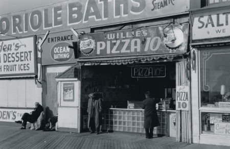 https://amusingthezillion.files.wordpress.com/2013/12/photocopyrightgeorgedaniell1997_coneyisland.jpg?w=500