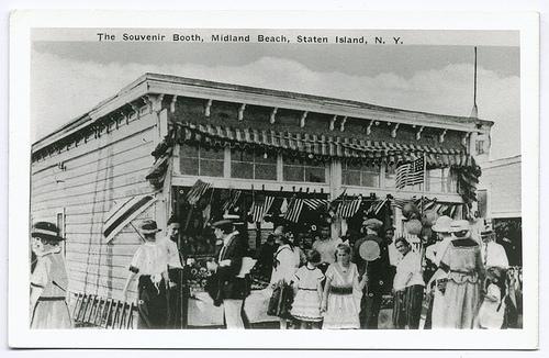 Souvenir Booth, Midland Beach